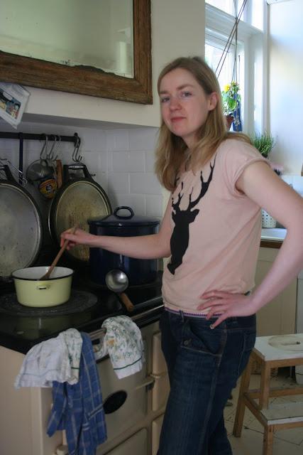 anna porridge lady at the underground restaurant
