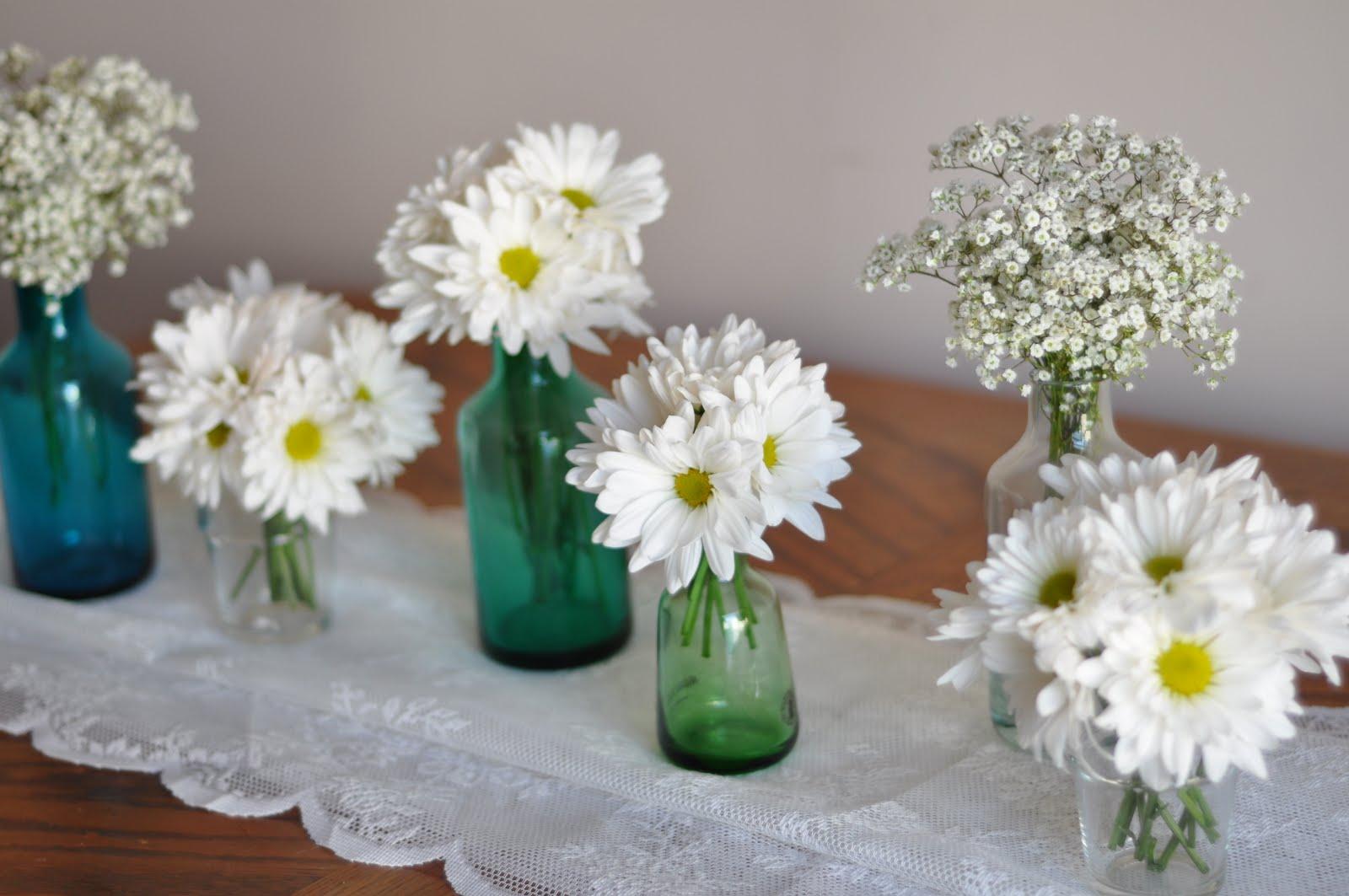 Beautiful  Bright Simple Centerpieces Ideas