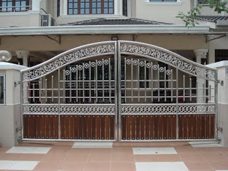 Stainless Steel Main Gate With Aluminium Wood Color Design Luxury