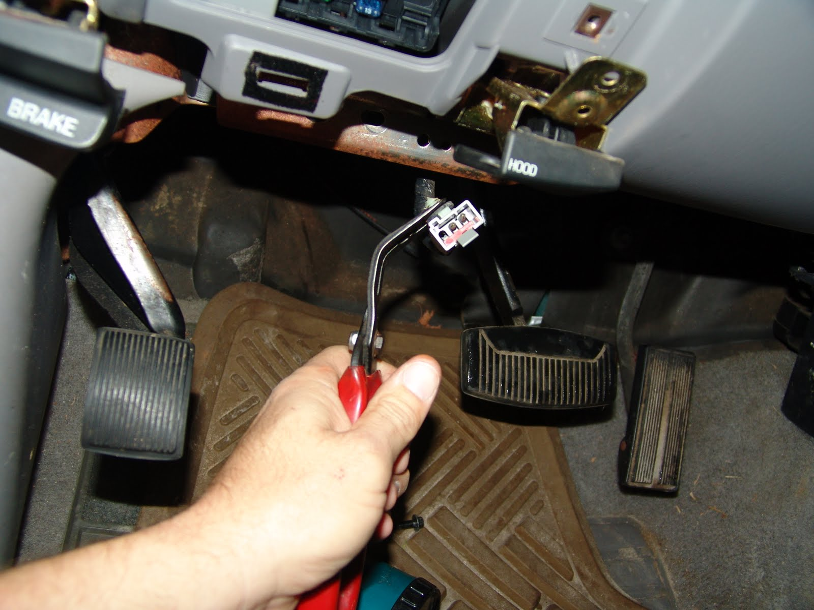 1997 F150, Changing The GEM Module, Window & Wipers Inop