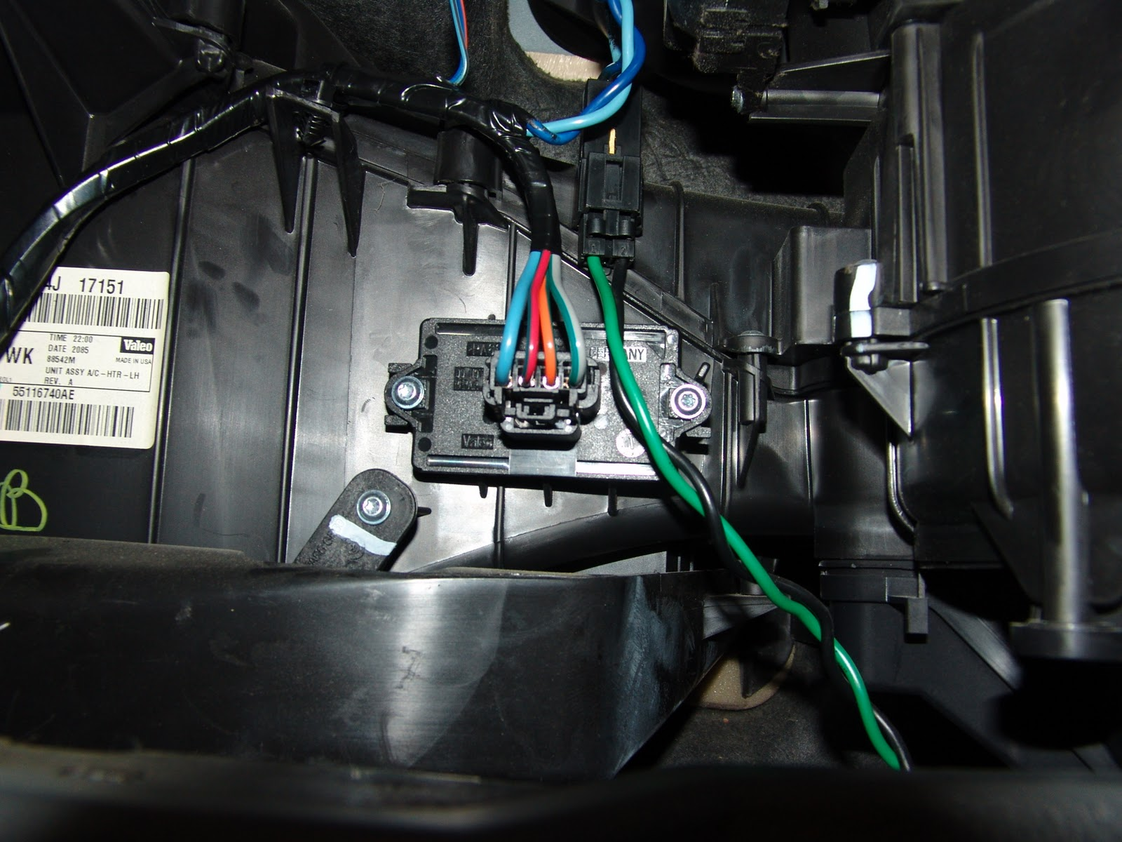 DSC04762 Jeep Blower Motor Resistor Wiring Diagram on jeep wrangler blower motor wiring schematic, 2002 grand cherokee heater diagram, jeep cherokee blower motor, jeep cherokee blower fan relay switch, jeep cj7 blower motor wiring diagram,