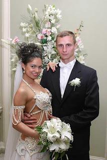 Weird Wedding Dresses Total Head Smackers