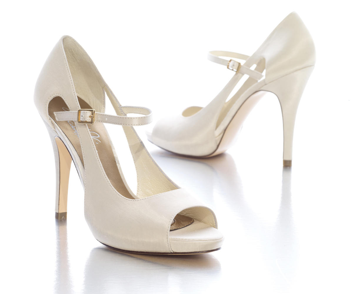 Weddingzilla: Weddings 2011: Trending Wedding Shoes, Jen