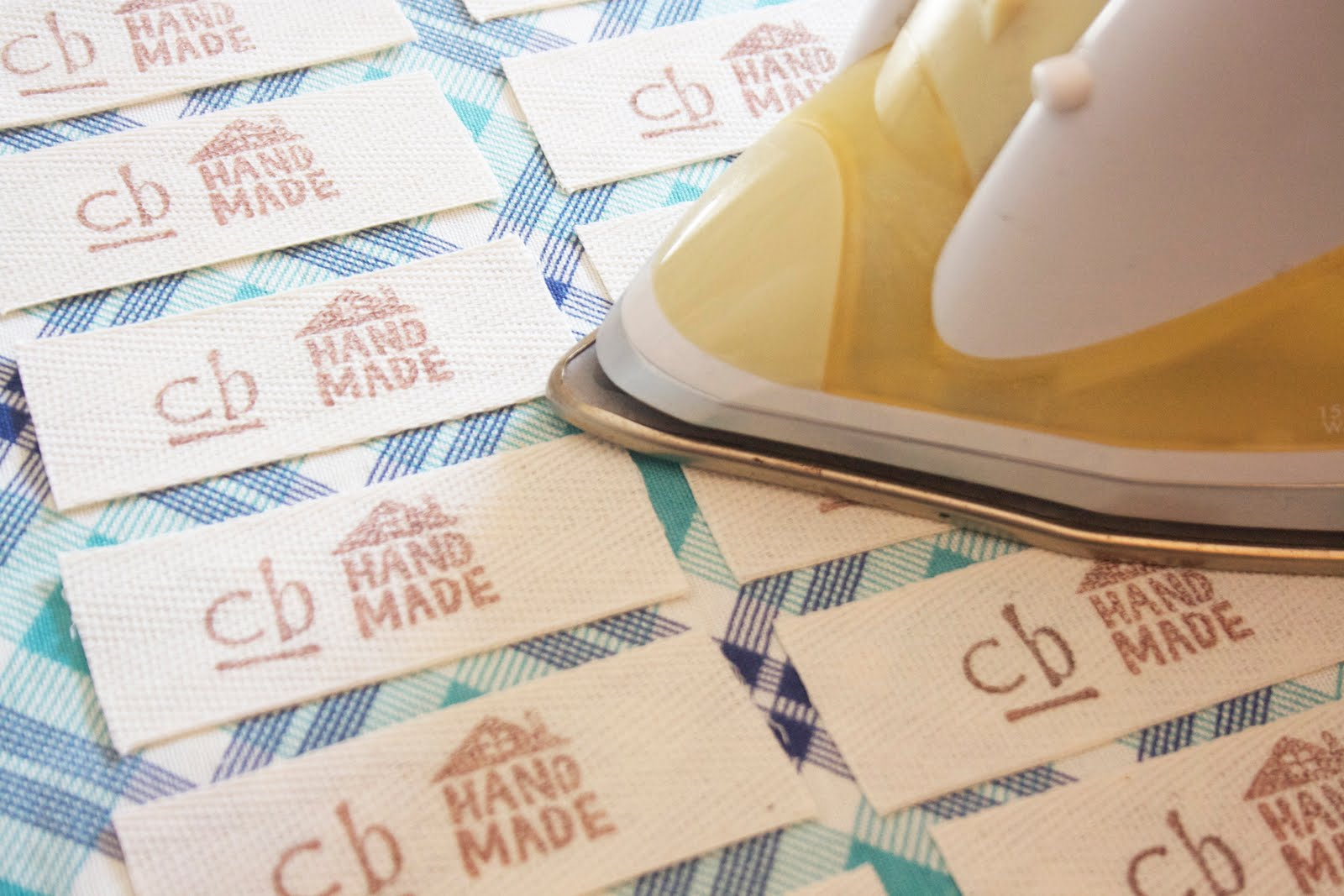 fabric labels for handmade items craftyblossom fabric labels a tutorial 5381
