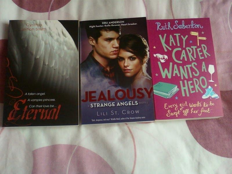 Jess Hearts Books August 2010