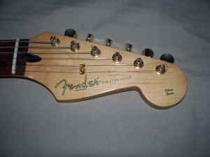 Craigslist Vintage Guitar Hunt: 1999 Fender Deluxe Player's
