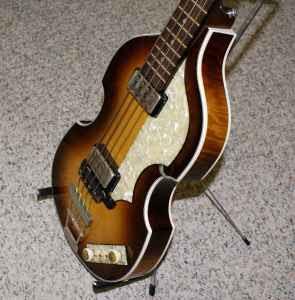 Hofner Guitars - Steve Russell s Vintage Hofner Website - Index Page