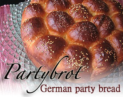 A close up photo of a partybrot, a German party bread.