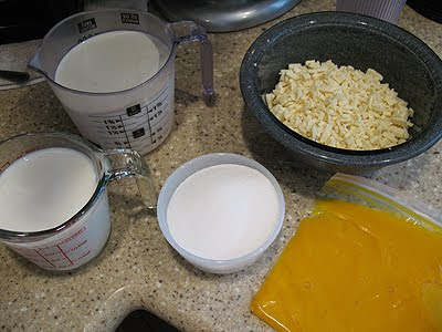 A photo of the ingredients to make white chocolate ice cream.