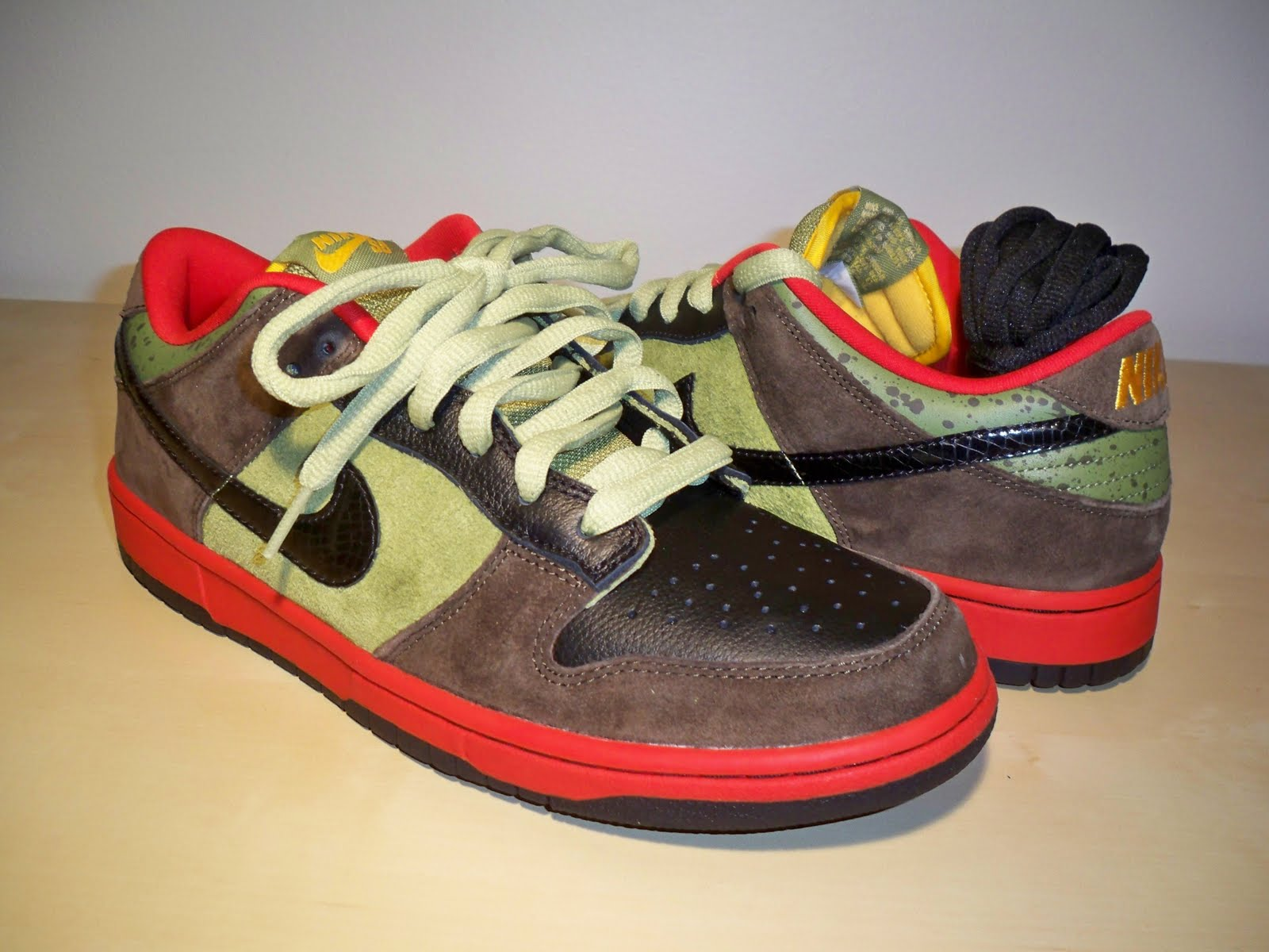 "buy popular 80fca 0a975 Nike Dunk Low Premium SB ""Asparagus"""