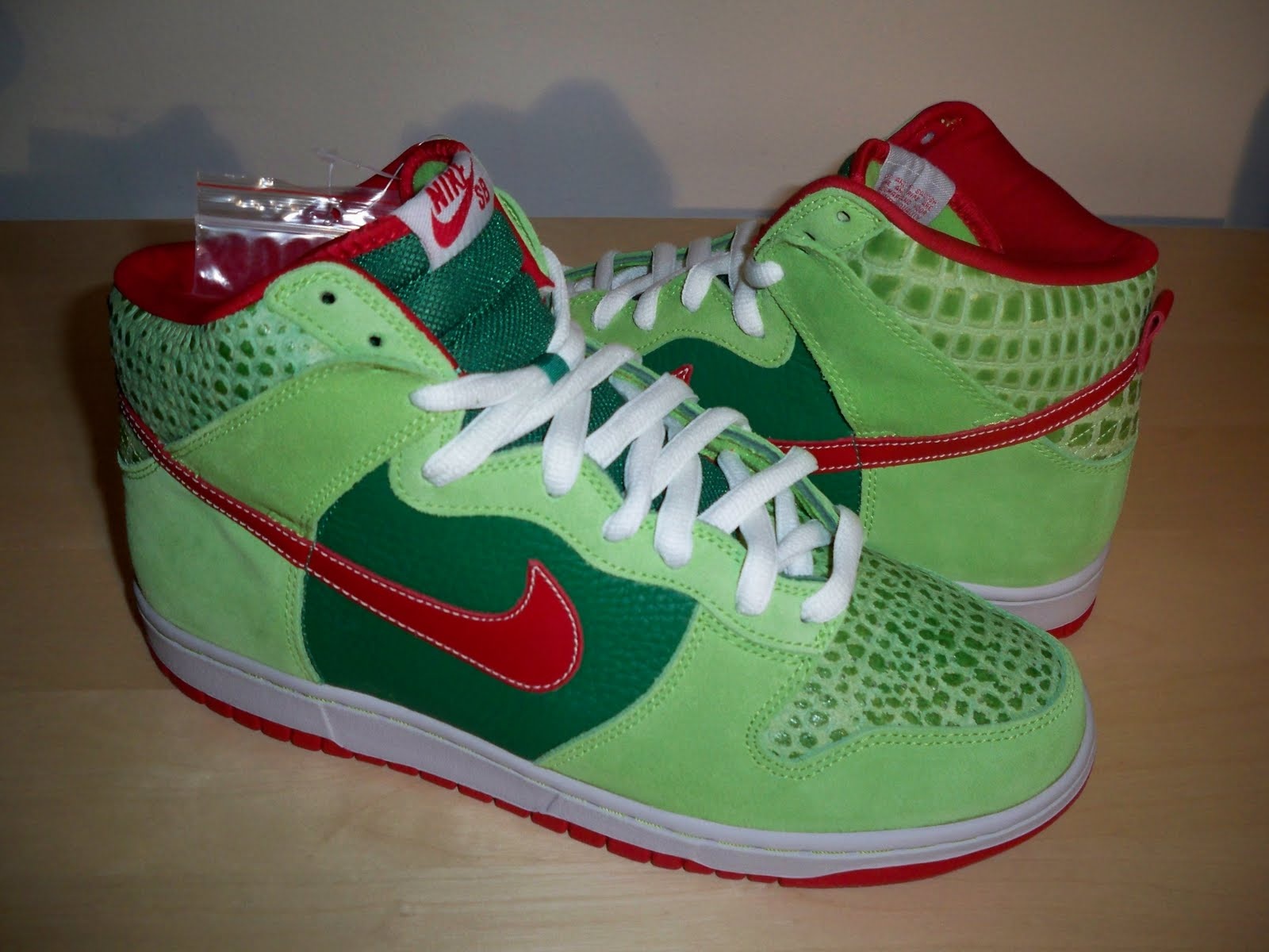 factory authentic 2bf03 16a97 SB Collection Nike Dunk High Pro SB