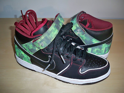 new product 2ff0f 88569 Nike Dunk Mid Elite SB