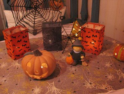 handbags and more diy halloween deko. Black Bedroom Furniture Sets. Home Design Ideas