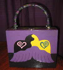 Purse-sonality art show