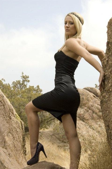 Sarah Lieving Sexy Photos 94