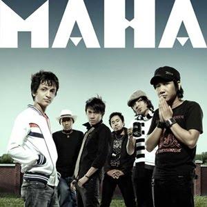 maha band adalah group asal banjarmasin yang diawaki oleh 5 personil yaitu donny nabil nova benny dohonk dan vetto