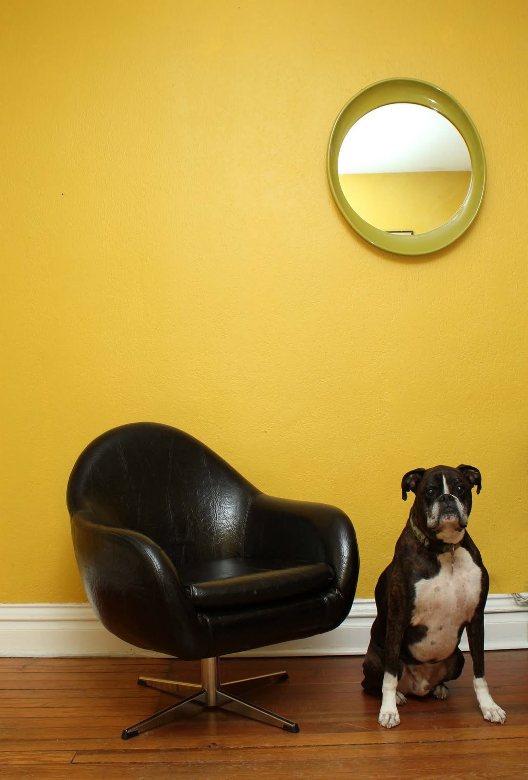 Men In Black Egg Chair Dingaling Vintage Gt Its Like This And Like That