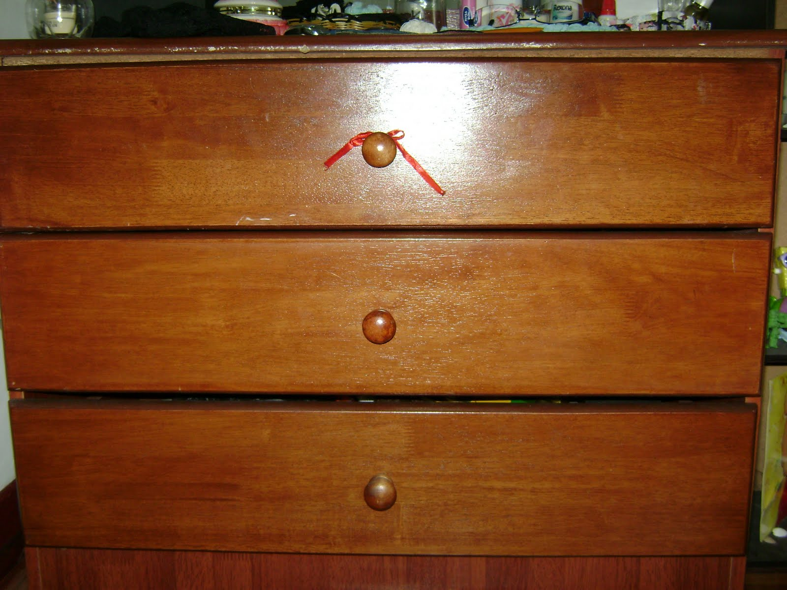 Lam'z Favezzzz: DIY: Chest of Drawers Redecorate