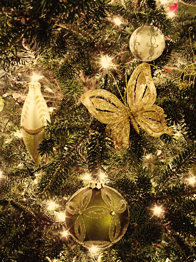 Christmas Ribbon Tree Topper
