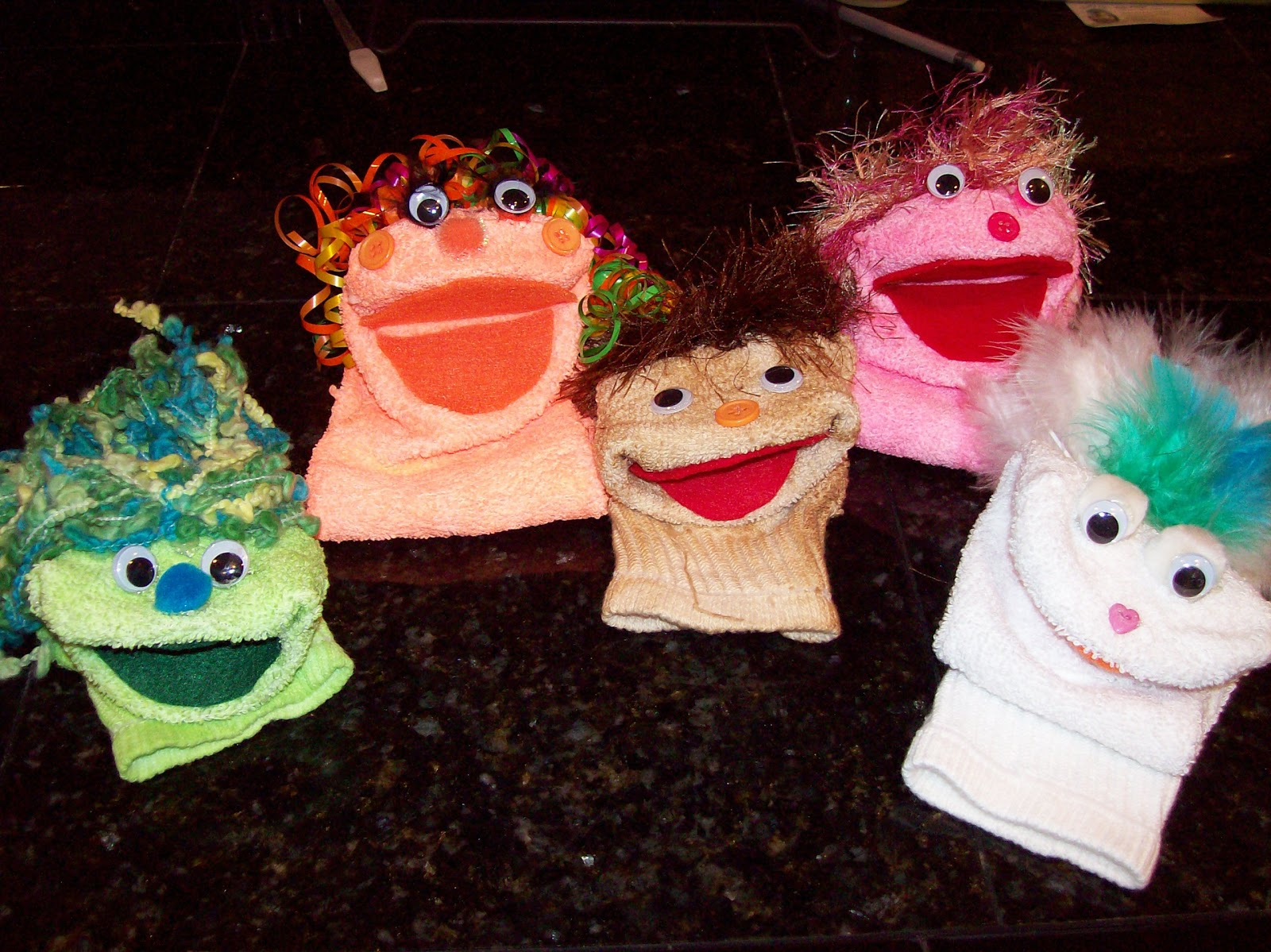 puppets for preschoolers to make learning and teaching with preschoolers puppets in preschool 39004