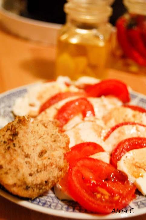 Bezsenność.. .Foccacia z orkiszem i suszonymi pomidorami..