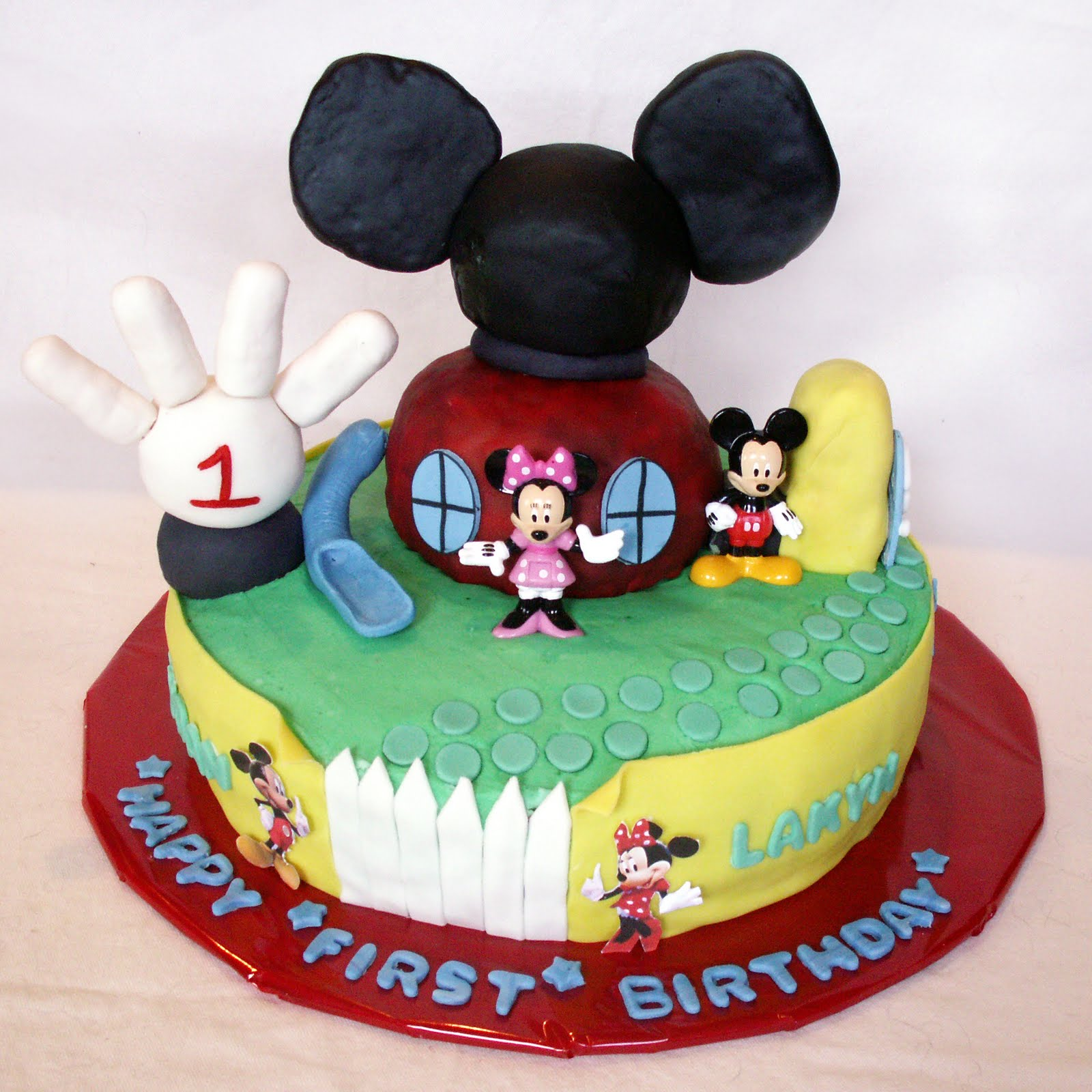 Mickey Mouse Smash Cake: Sweet Tooth: May 2010