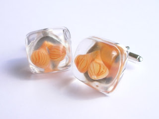 Onion vegetable jewellery
