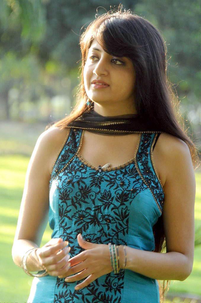 Bangladeshi girl sony sexy with bf - 5 1