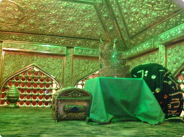 ISLAMIC: Ghouse Azam Dastageer Rh.