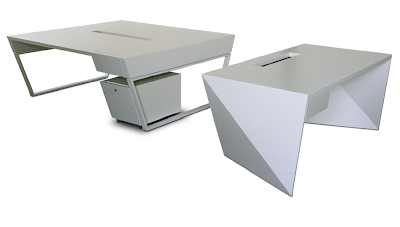 Kinzo's Air Desk