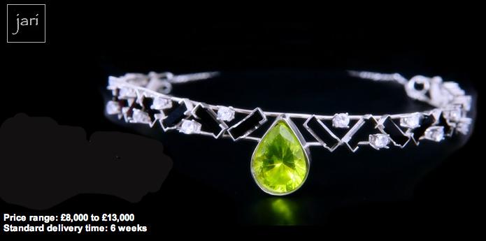 Jari gemstone pet collar