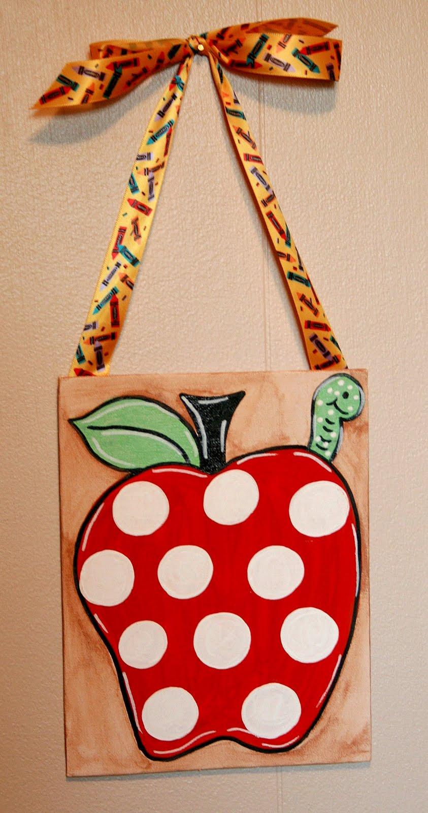 Must Love Art: Personalized Teacher's Christmas Gift
