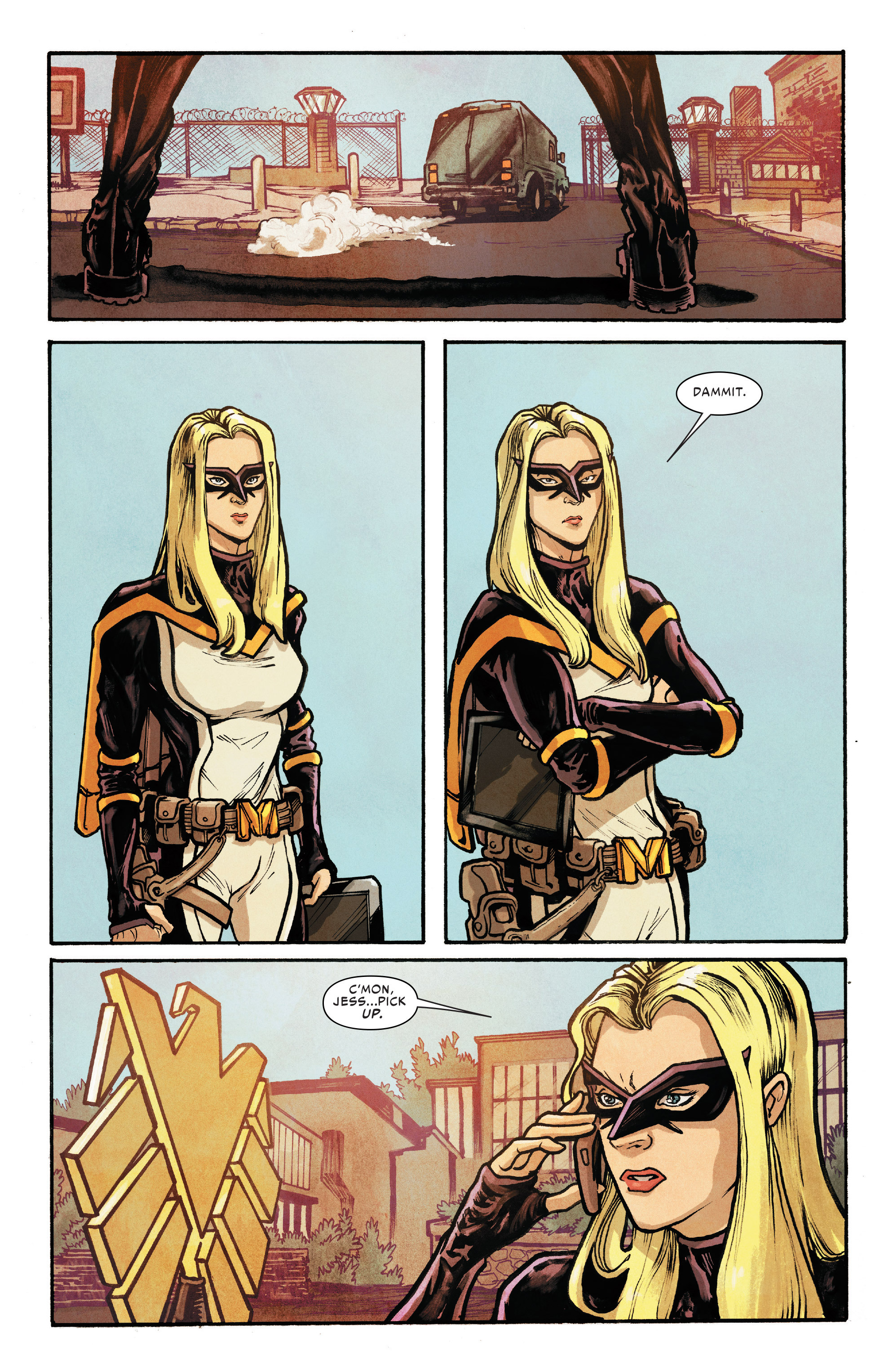 Read online Silk (2016) comic -  Issue #8 - 9