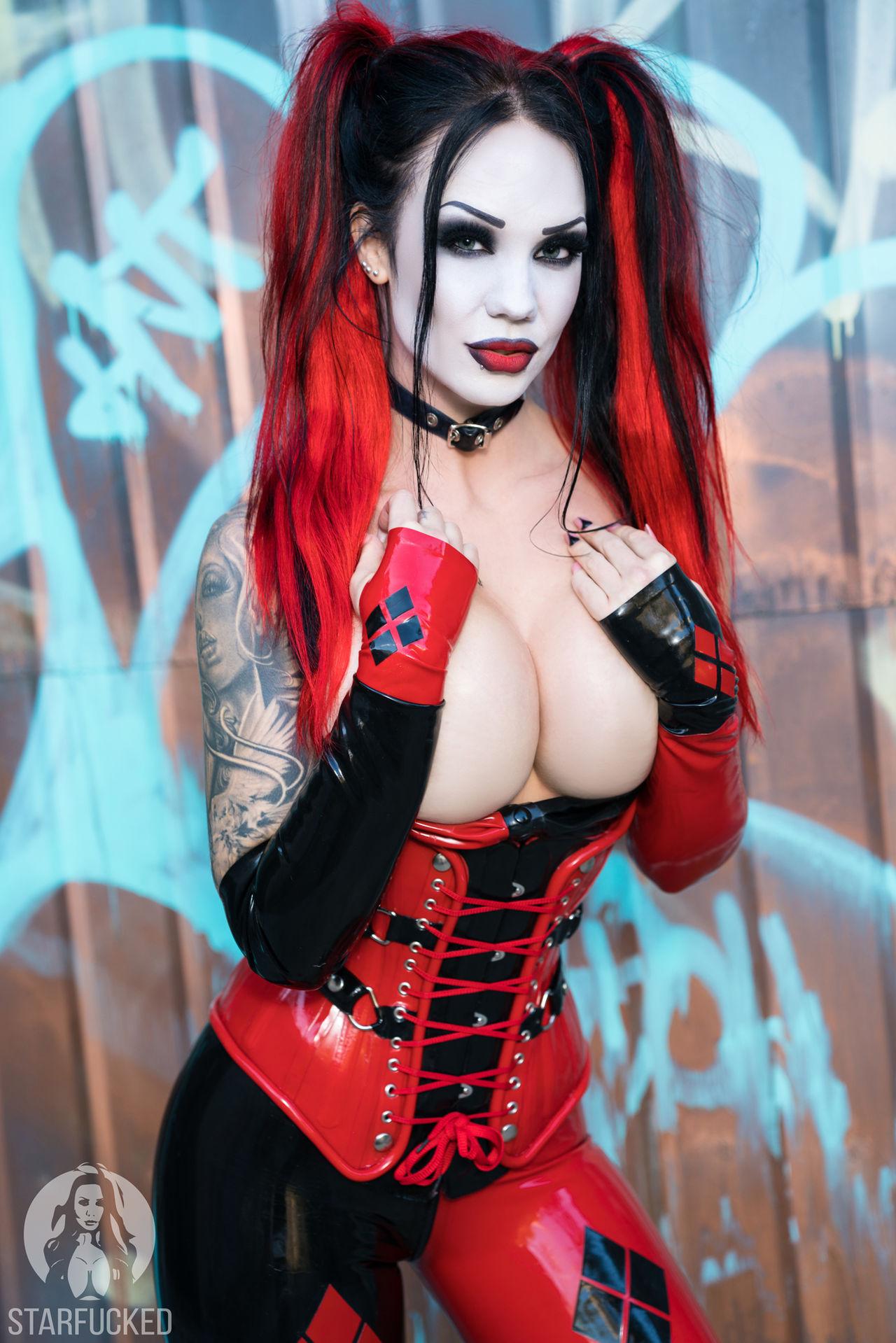 Starfucked Harley Quinn Arkham Cosplay