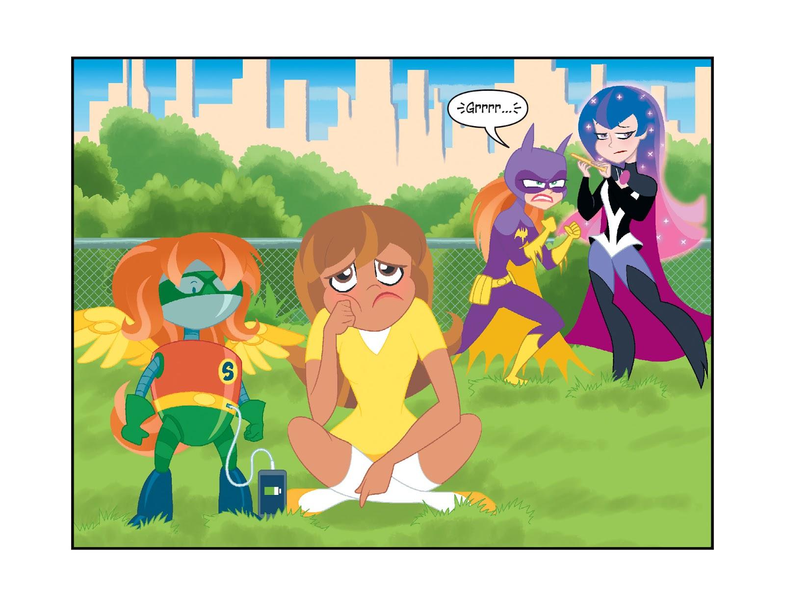 Read online DC Super Hero Girls: Weird Science comic -  Issue #10 - 16