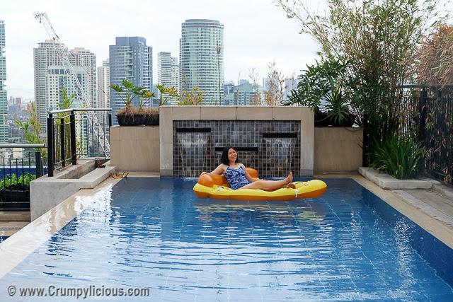 pool party manila
