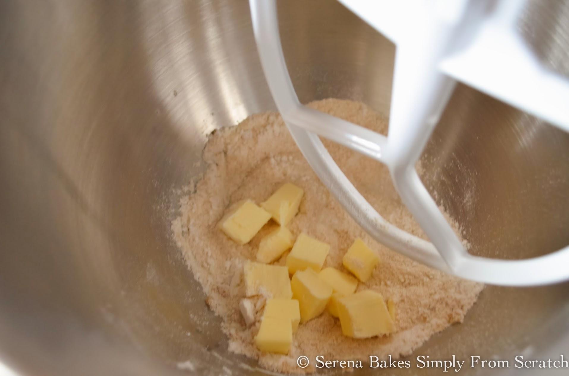 Orange-Cranberry-Bread-With-Orange-Glaze-Streusel-Brown-Sugar-Cinnamon