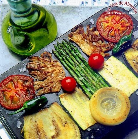 Parrillada de verduras al ajo perejil mi recetario de for Parrillada verduras