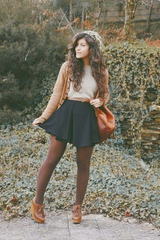 Lovely outfit idea with camel cardigan and skirt for Warm Spring women